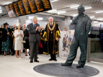 'Plumber's Apprentice' statue unveiled at Cannon Street Station