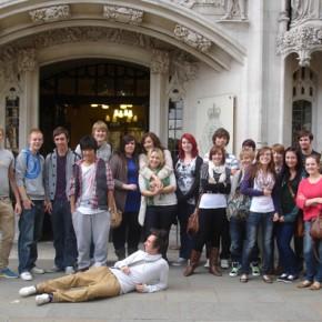 Weston College - Law studentsONLINE