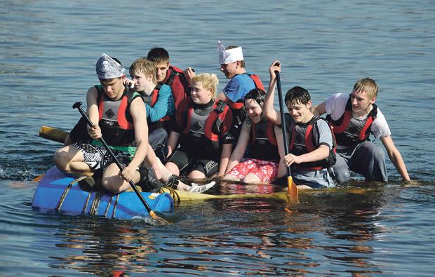 Doncaster College students make a splash