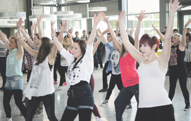 MidKent College students flash mob dance