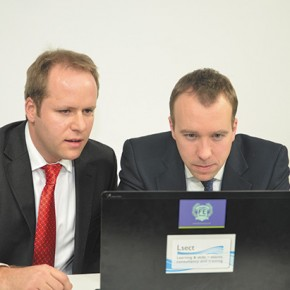 Minister in traineeship web launch