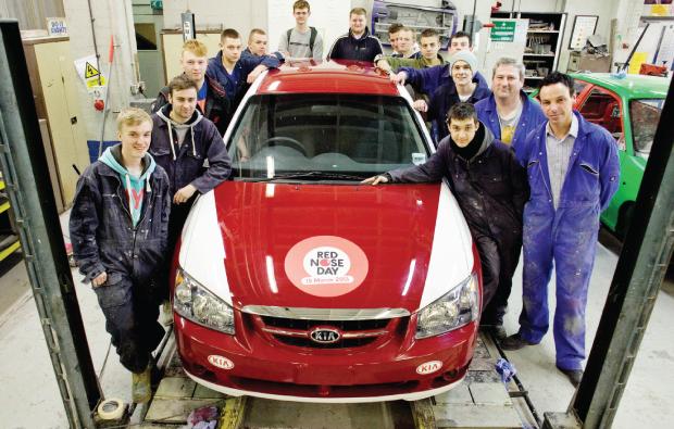 Pimped car raises £1,650 for Comic Relief