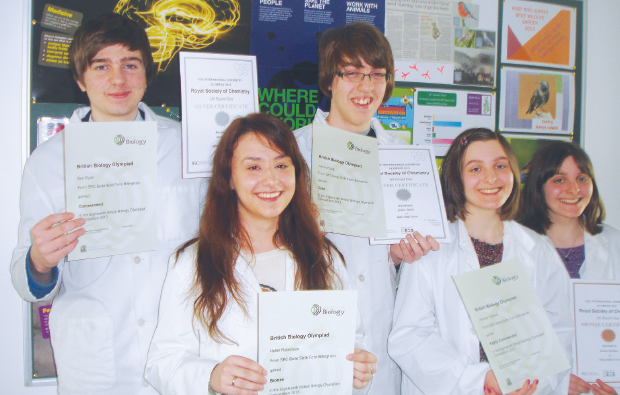 Science students scoop up awards