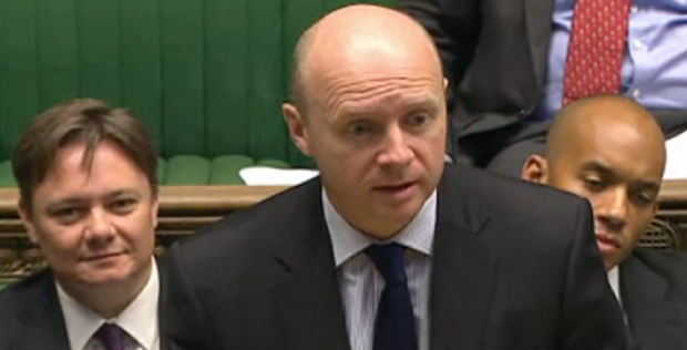 Shadow Skills Minister quizzes government on apprenticeship drop