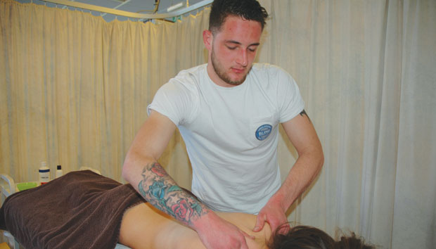 Carpenter swaps sawdust for massage oil after losing his sight