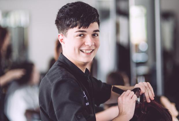 Teenager impresses on TV hairdressing talent show