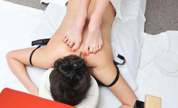 Best feet forward for sports massage demonstration