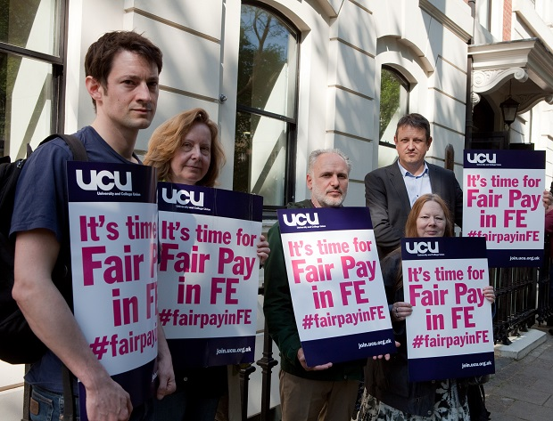 UCU rejects 0.7 per cent offer as pay talks continue