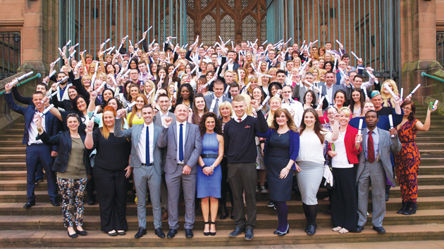 Hundreds celebrate apprenticeship graduation