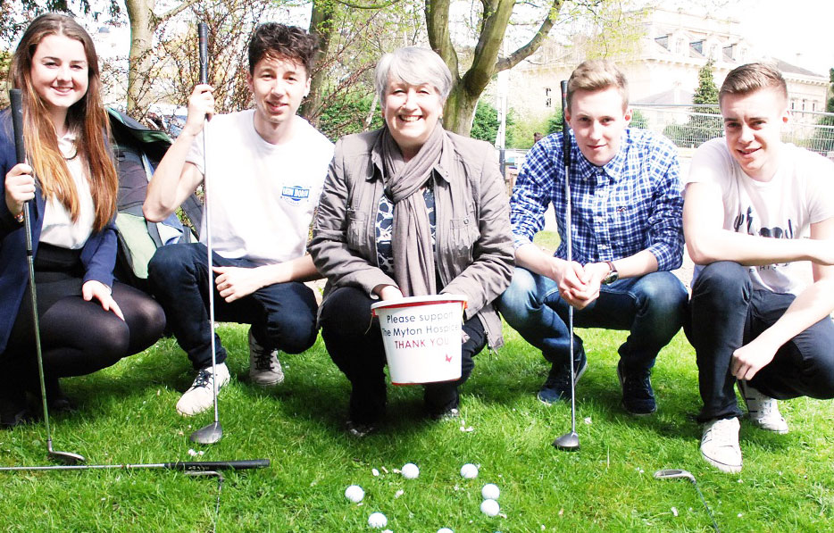 Golf tournament raises almost £800 for local hospice