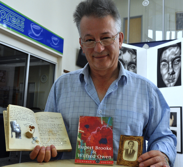 Grandfather's tributes to fallen friends inspire war poetry course