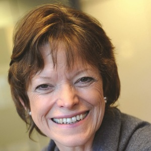 Ofqual chief Glenys Stacey to stand down