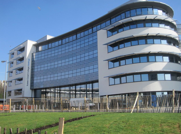 Pearson stops certificating higher education course at general FE college over grading and enrolment concerns