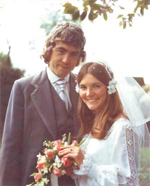 Willis and wife Heather at their wedding in 1974