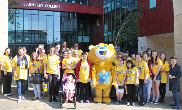 Students keep one step ahead for critically-ill children