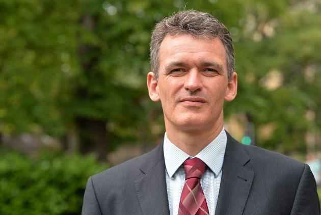 OCR exam board chief Mark Dawe resigns