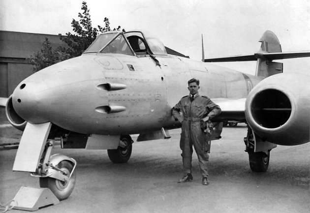 Stuart Mackay's late father, Angus Mackay, in his Meteor F4 in front of the hangar at Norwich, 1948
