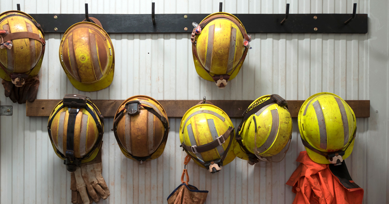 Mining apprenticeship standards delay leaves 'recruitment time bomb'