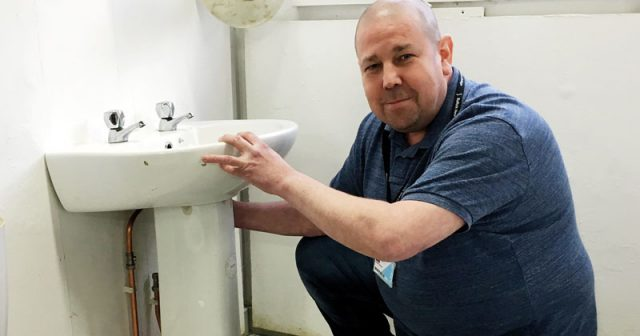 Plumbing lecturer saves Moldovan primary pupils from sub-zero temperatures
