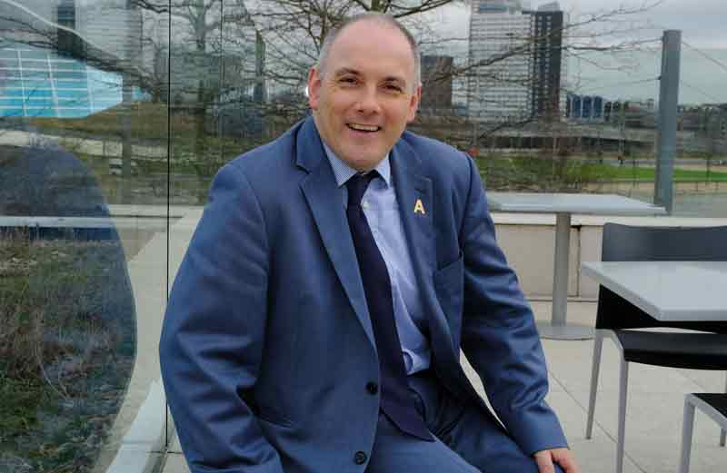 Halfon hands out ladder flyers in bid to chair education select committee