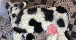 Cow created with flowers impresses guests at Alresford Agricultural Show