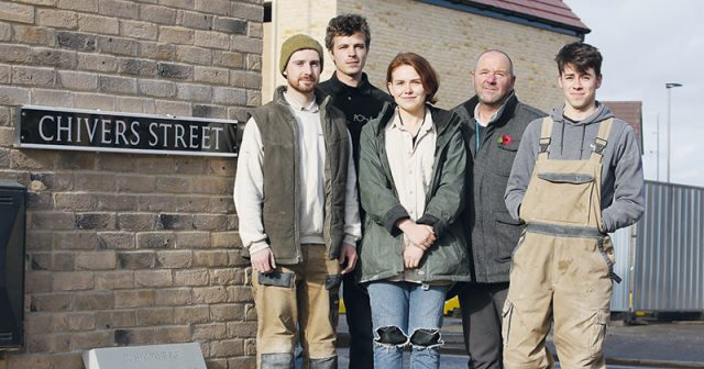 Stonemasons carve paving stones to commemorate Bath's World War 1 soliders
