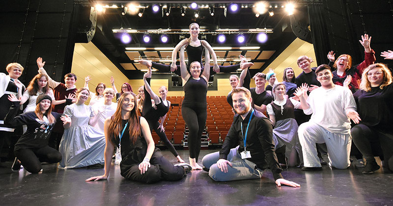 College offers free drama workshops to local school as part of recruitment strategy