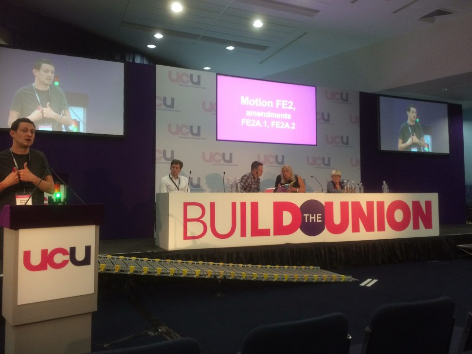 UCU to 'ballot members nationally' over pay claim