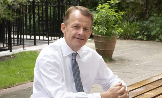 Ex-schools minister proposes DfE shake-up to stop schools and HE favouritism