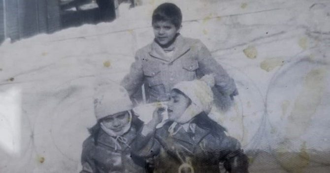 Sohail with siblings in Pakistan